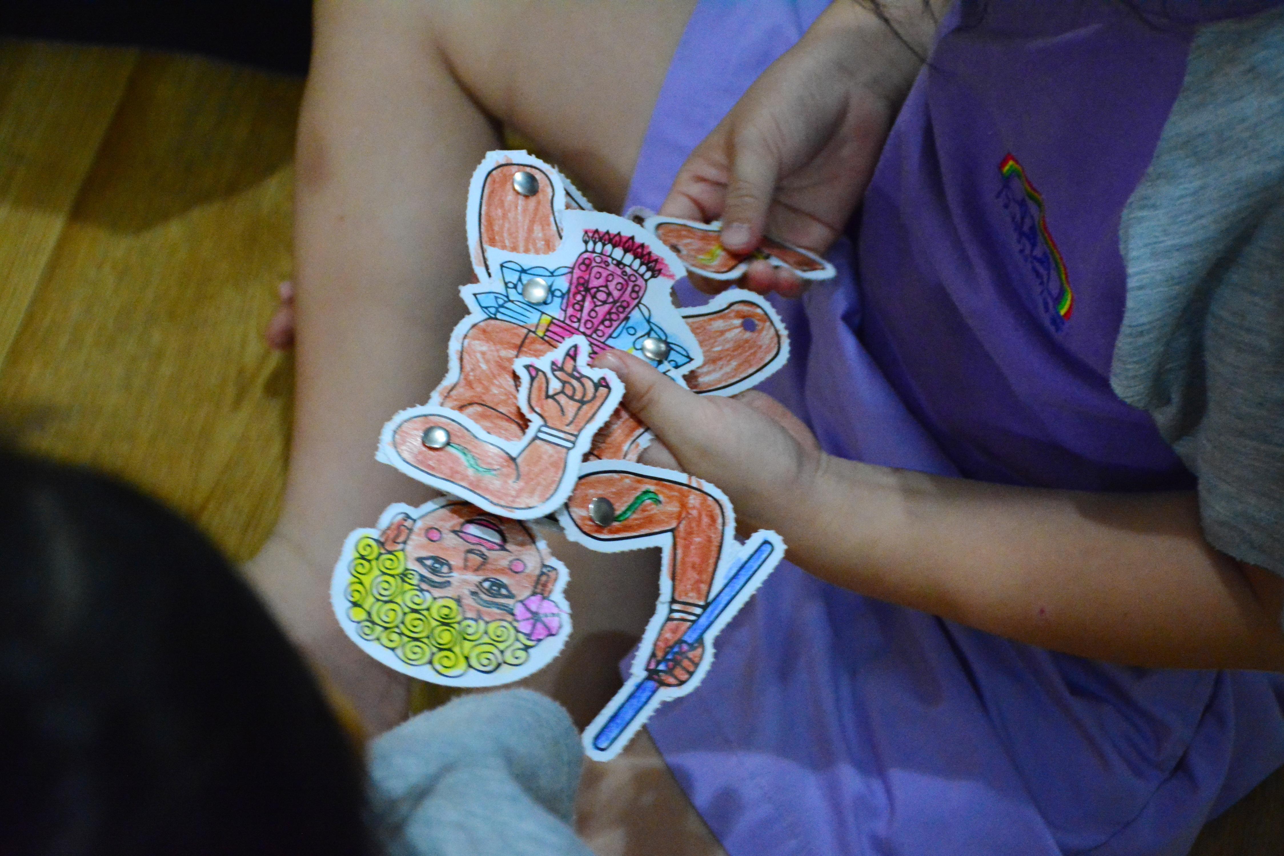 เรียนรู้การ ชัก เชิด หุ่น กับเด็กๆ อนุบาล ๓